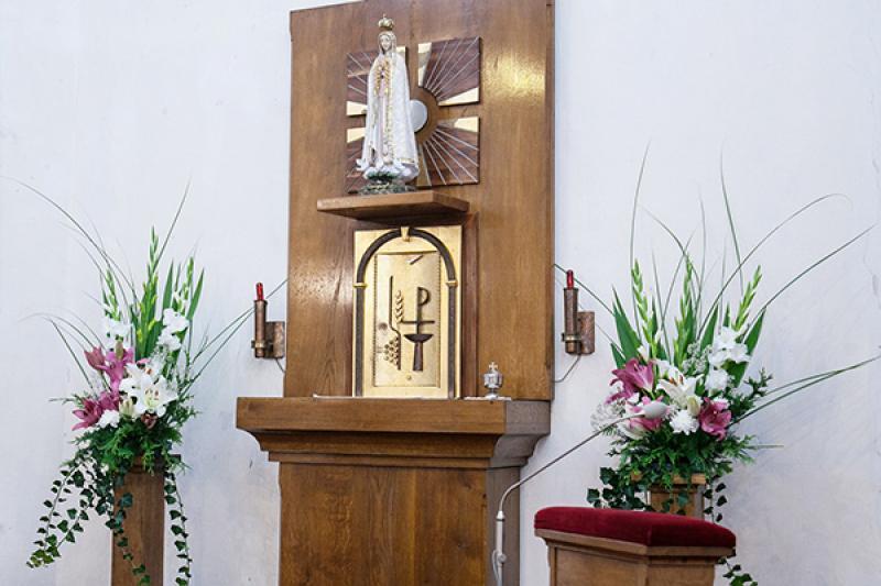 dekoracja ołtarz główny ślub warszawa