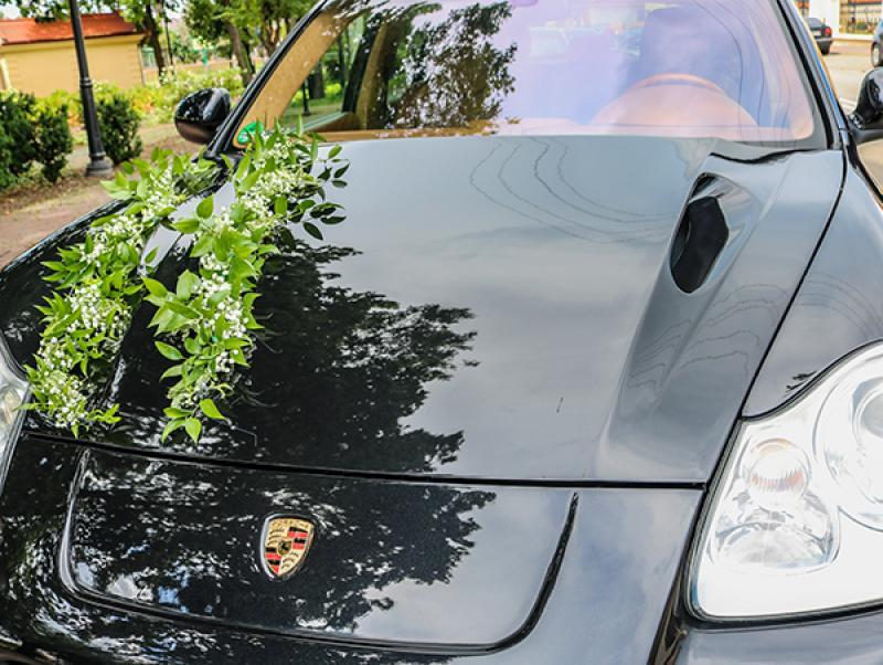 samochód gipsówka