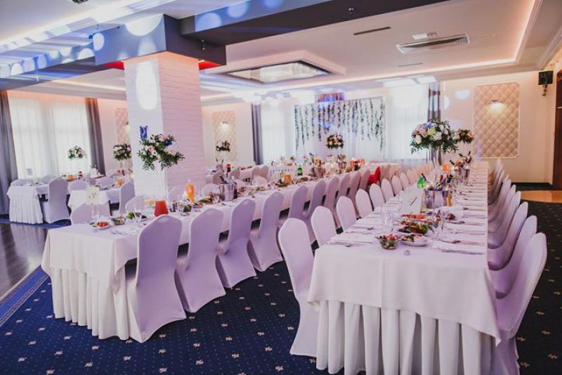 kwiaty dekoracje na wesele ząbki