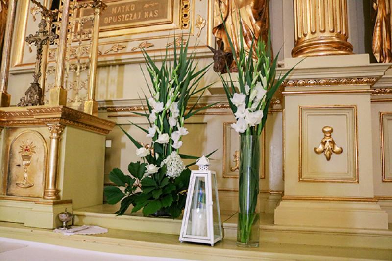 biało zielone dekoracje ślubne kościół na ślub warszawa biało zielone dekoracje ślubne