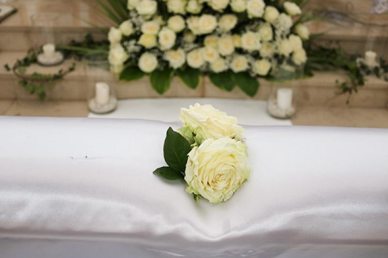 dekoracja klęcznika róże