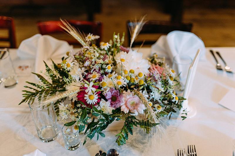 dekoracje rustykalny ślub plenerowy  dekoracja wesele warszawa