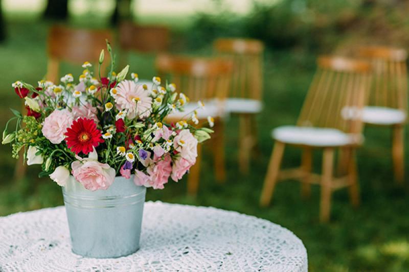 dekoracje kwiaty ślub w plenerze warszawa