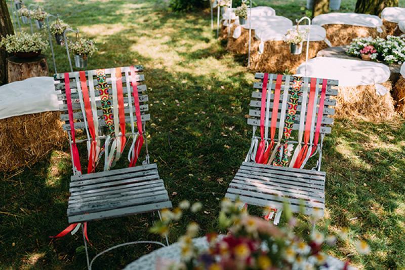 krzesła ślub plenerowy warszawa