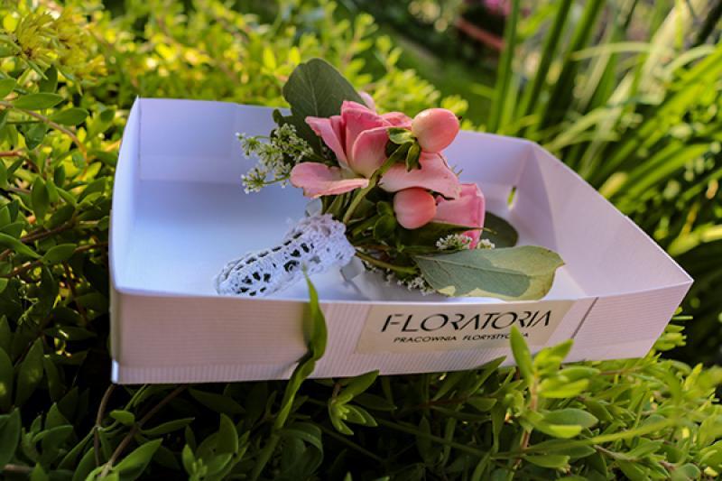 róża butonierka warszawa