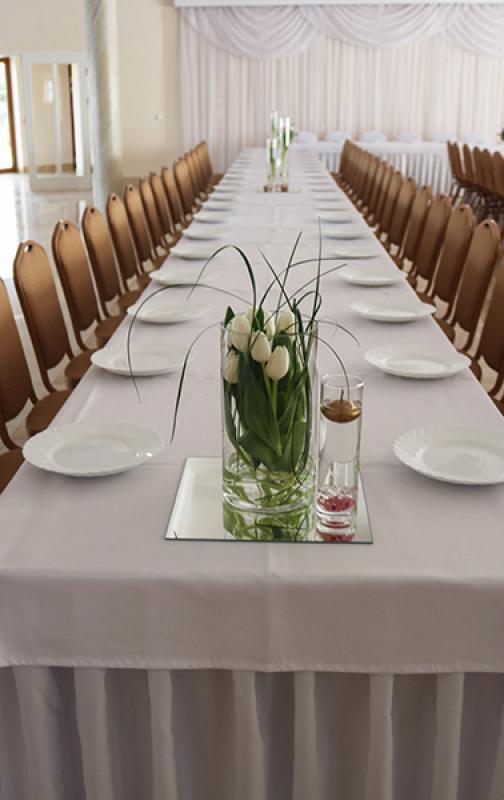 wystrój sali weselnej warszawa tulipany