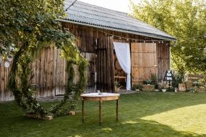 ślub w plenerze warszawa czereśniowy sad