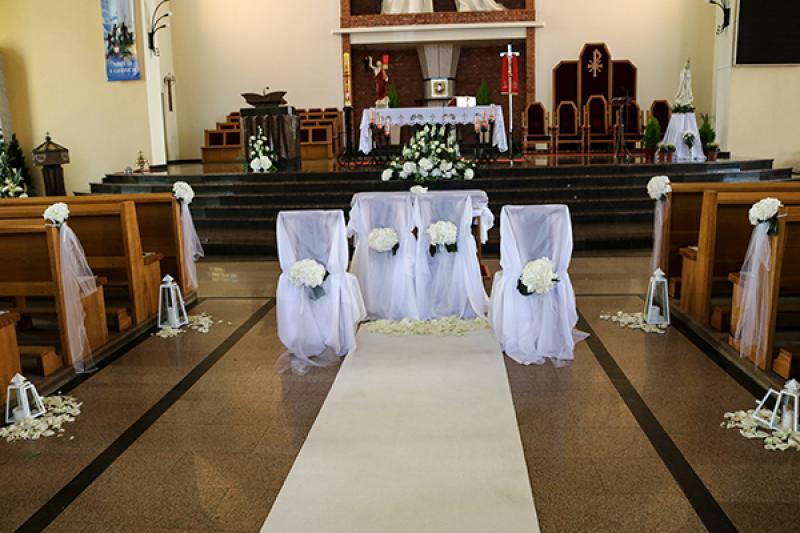 dekoracja krzeseł warszawa hortensja biała
