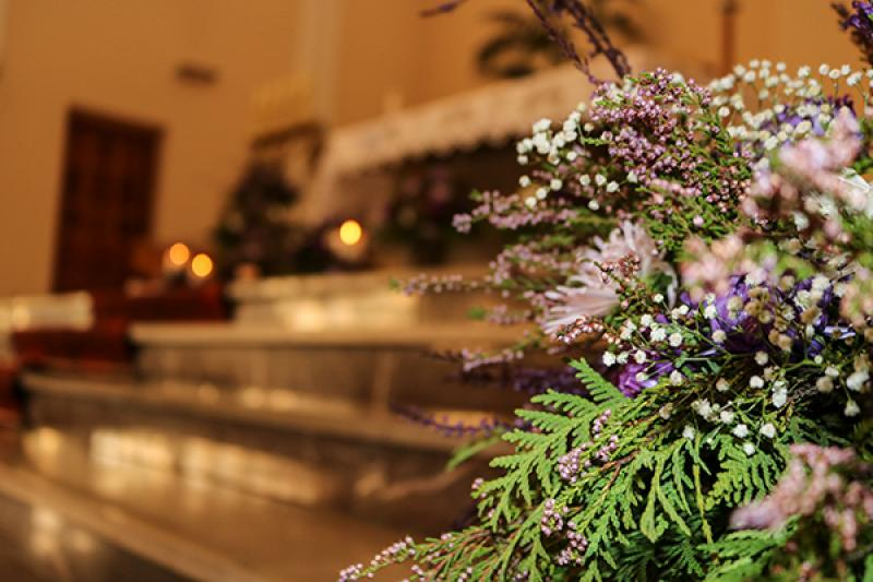 wystrój kościoła warszawa wrzos świece