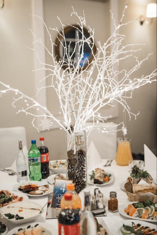 dekoracja na zimowe wesele
