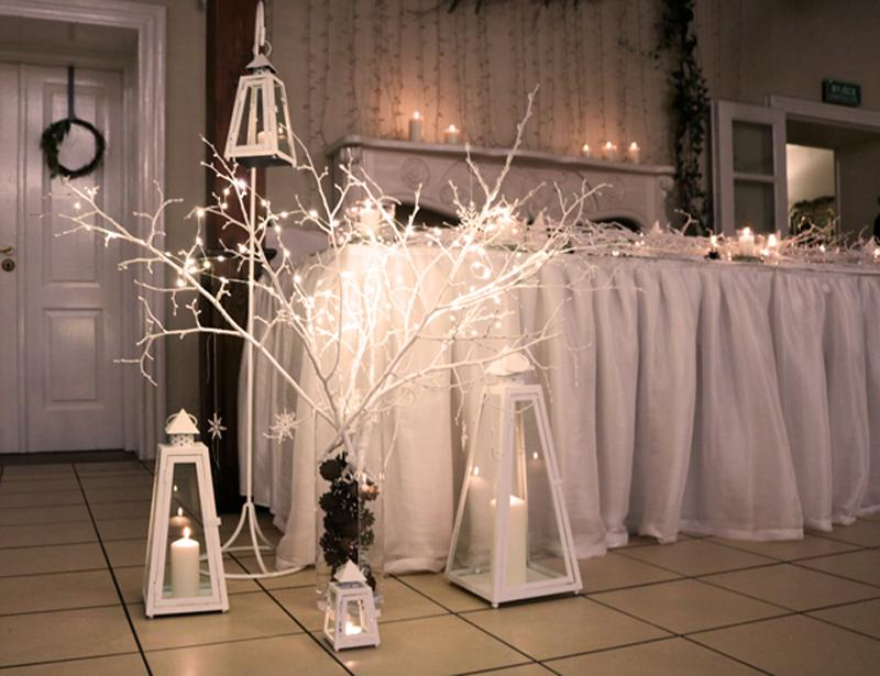 zimowa dekoracja stół pary młodej