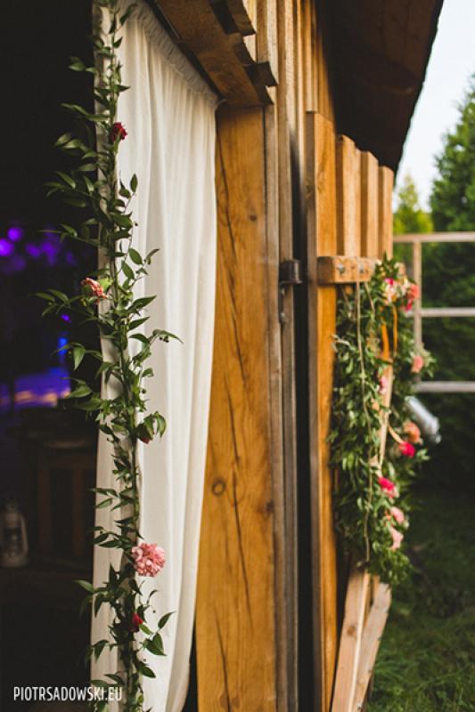 rustykalna dekoracja wejścia warszawa